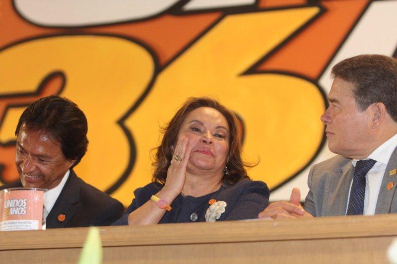 Resultado de imagen para Elba Esther y Juan Díaz